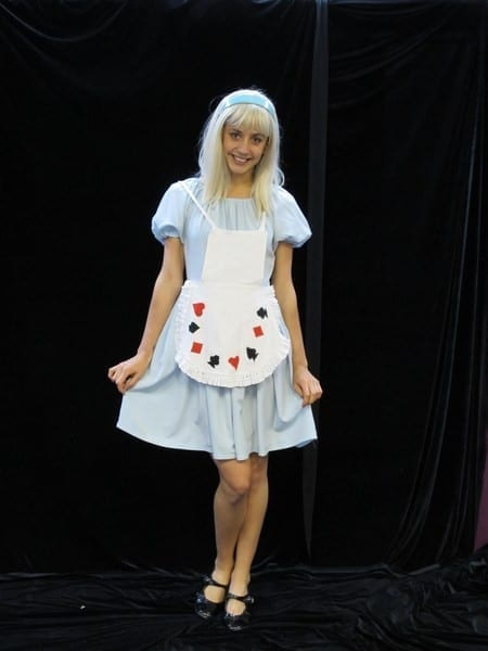 ALICE IN WONDERLAND 4